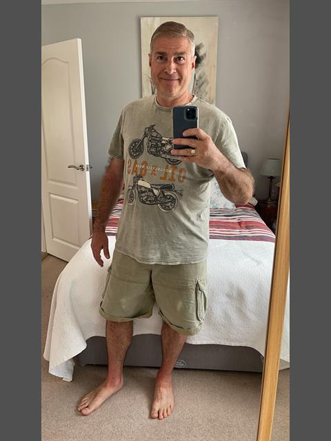 Dating profile for Ray737 from London, United Kingdom