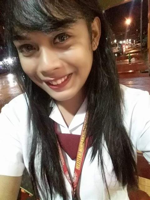Trisha143 profile photo 2