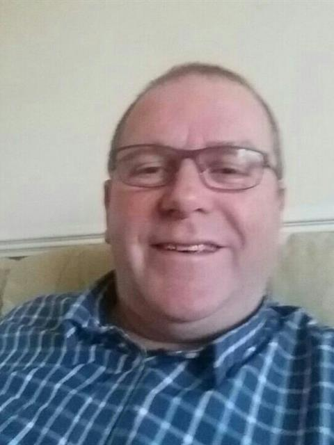 Dating profile for Phil love from Kingston Upon Thames, United Kingdom