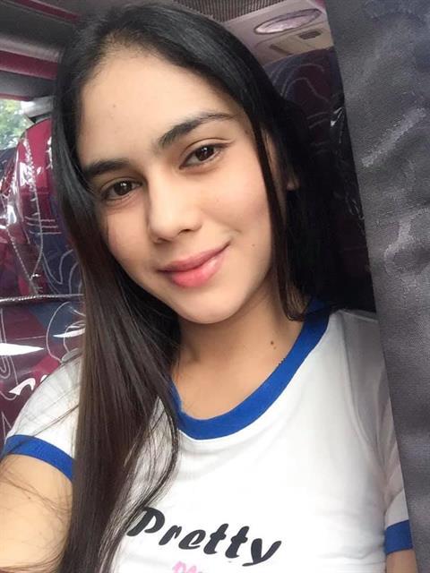 Lovingyou1316 profile photo 1