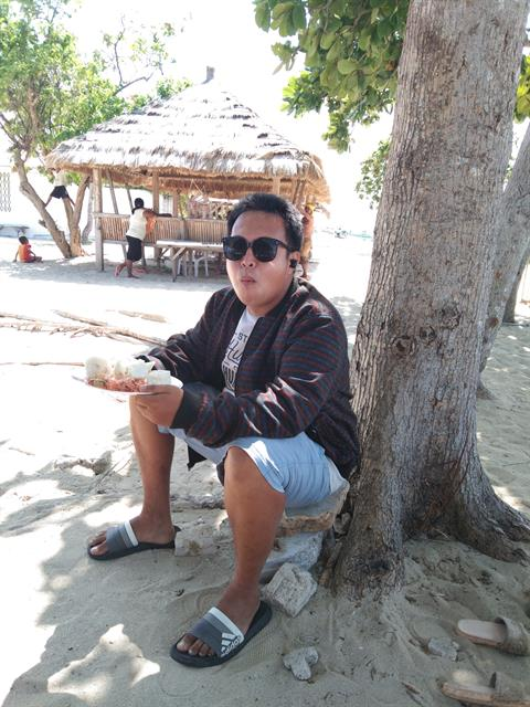 Dating profile for Rhonn from Cebu City, Philippines