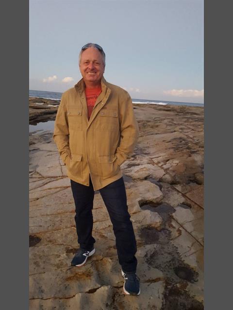 Dating profile for Loneroo from Peregian Springs, Australia