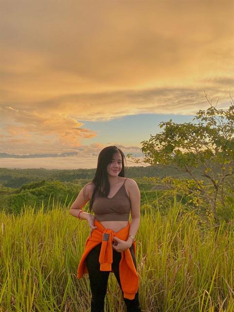 loveloveshenna profile photo 0