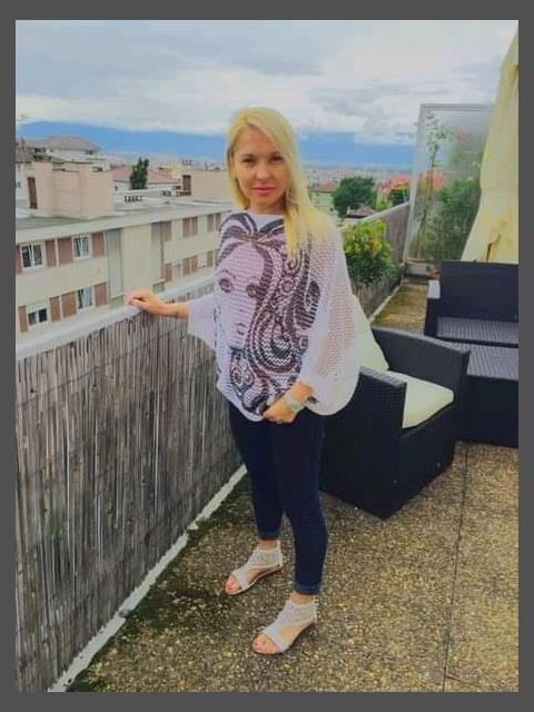 Dating profile for Selina from Berlin, Germany