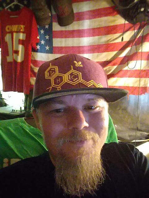 Davemon37 profile photo 2
