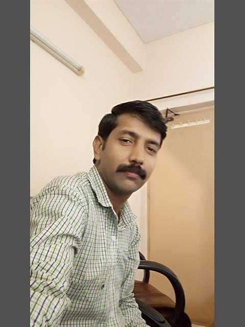 Dating profile for amitk85 from Delhi, India