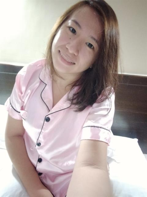 Dating profile for Madeline24 from Davao City, Philippines