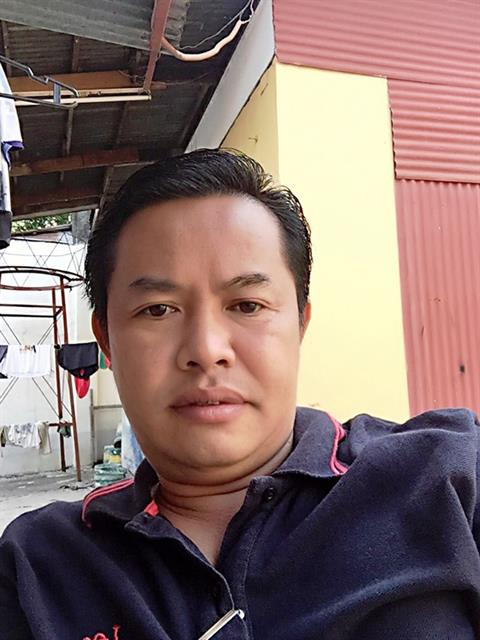 Dating profile for godaddy from General Santos City, Philippines