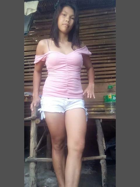 Hotzkie26 profile photo 0