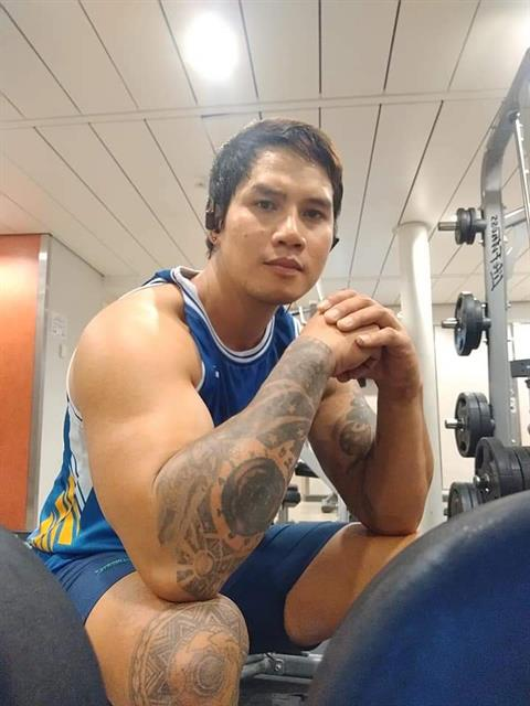Dating profile for PinoyHunkyGuy from Manila, Philippines