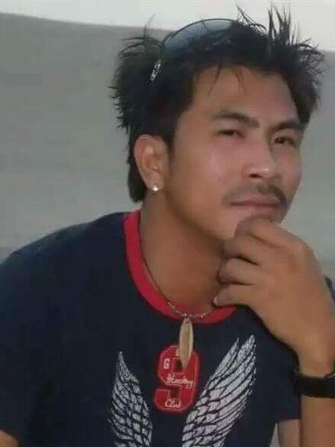 Carlos main photo