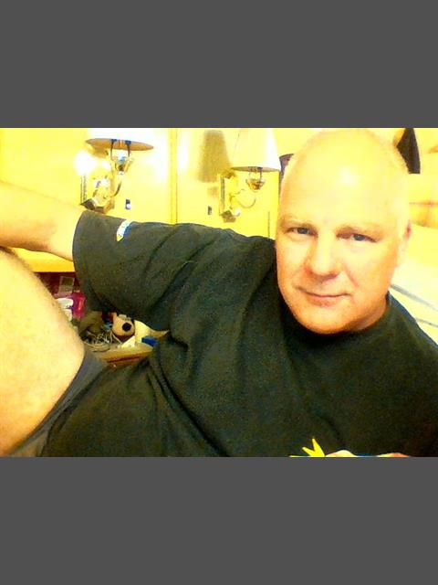 tonyr7374 profile photo 0