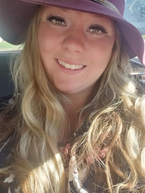 Dating profile for Kayla77305 from Sunnybrook, Canada