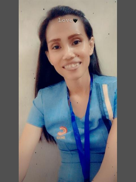Dating profile for Leah28 from Davao City, Philippines