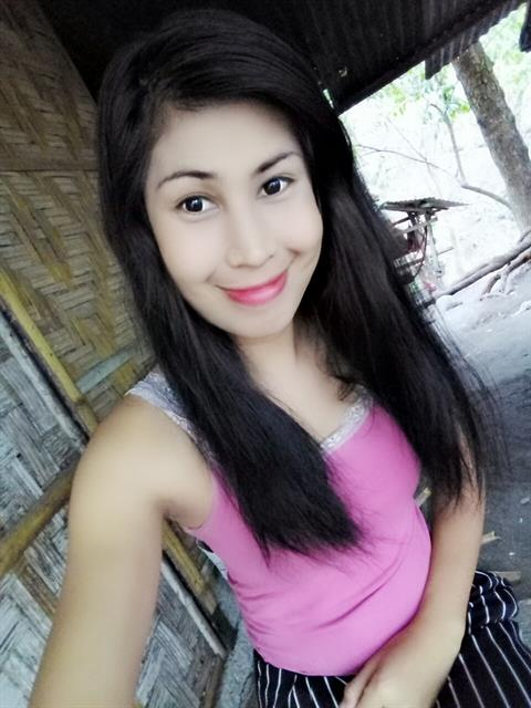 143542000 profile photo 11
