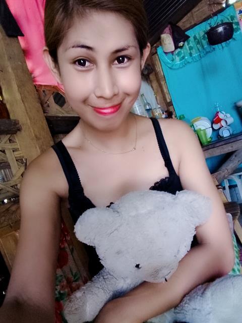 143542000 profile photo 13
