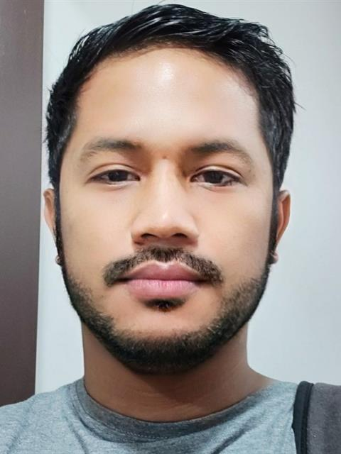 Dating profile for Carlo30 from Manila, Philippines