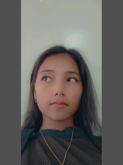 Yanyan000 profile photo 0