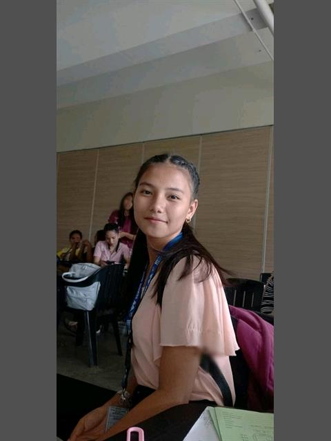 Yanyan000 profile photo 5