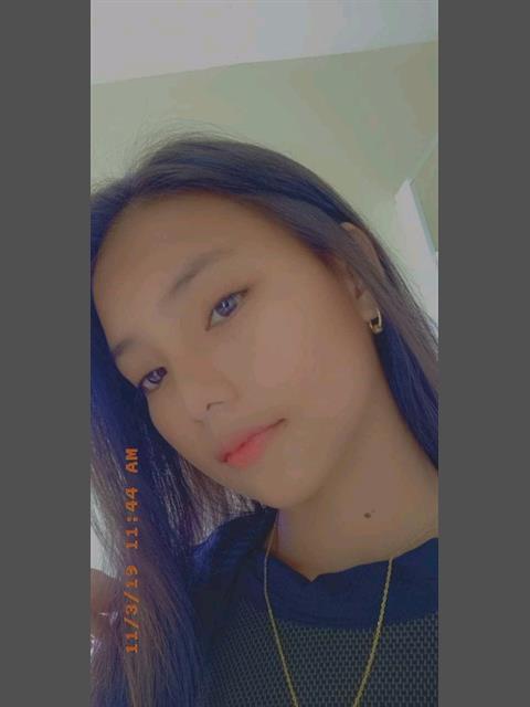 Yanyan000 profile photo 6