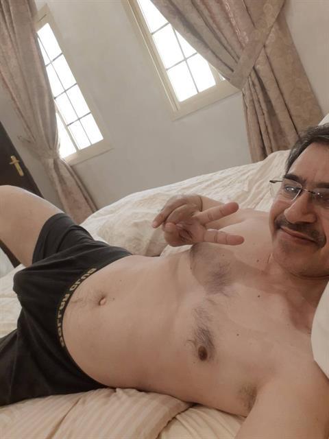 Ali1970 profile photo 0