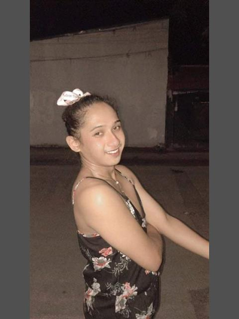 Dating profile for Steph01 from Quezon City, Philippines