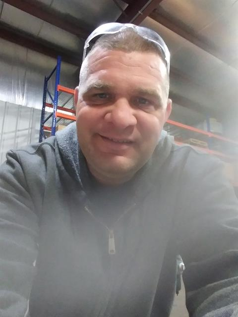 Dating profile for Deberiks from Milwaukee, United States