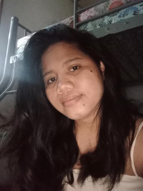 Dating profile for Mhegzy from Cebu City, Philippines