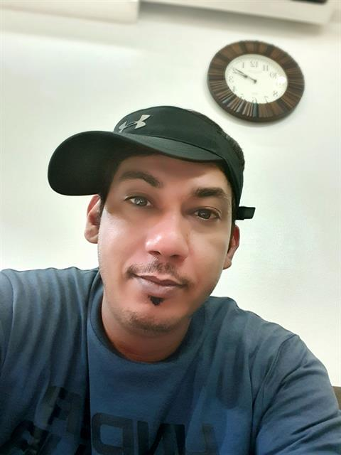 Dating profile for alkaabi from Manila, Philippines