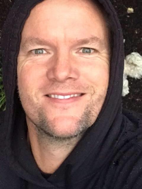 Mark Warner profile photo 2