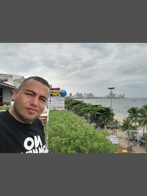 jrlee profile photo 0