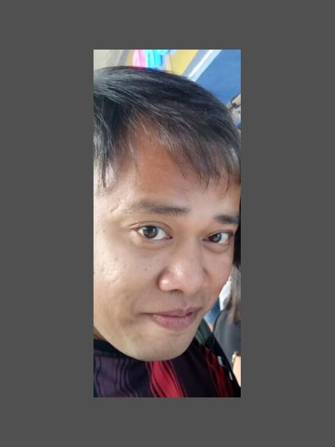 Dating profile for Juanito cayab from Quezon City, Philippines