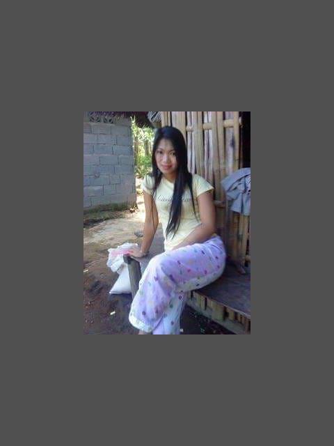 chrestiana28 profile photo 0