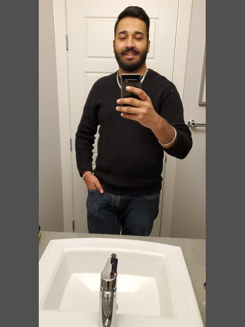 Dating profile for Ranveer from Edmonton, Canada