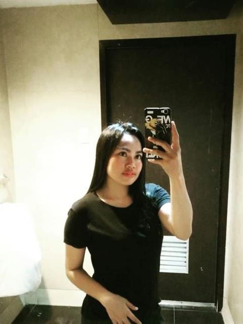 Cynth profile photo 1