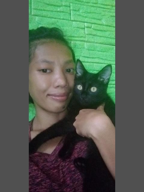 Dating profile for Jonnavi from Manila, Philippines