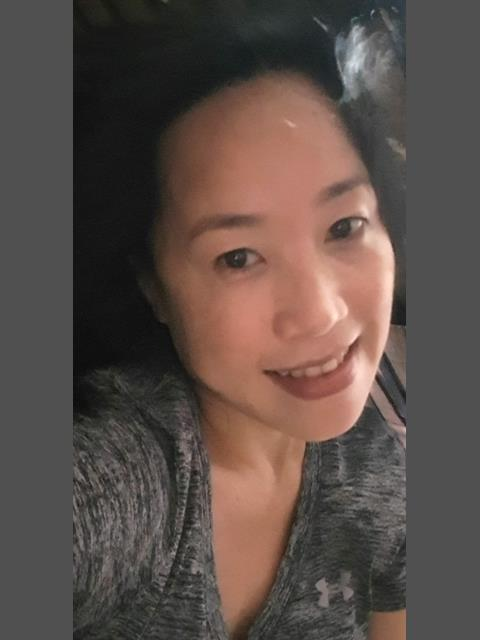 Dating profile for HiitsmeShe from Quezon City, Philippines
