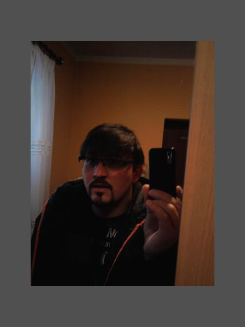 tomek1221 profile photo 1