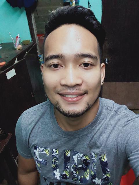 Mathew143 profile photo 2