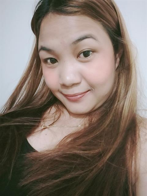 Dating profile for Chassy from Quezon City, Philippines