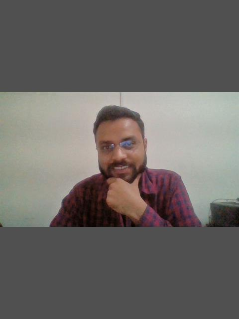 Dating profile for viky002 from Delhi, India