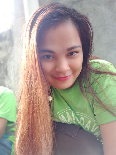 Dating profile for LenieS from Davao City, Philippines